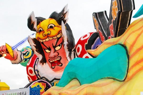 [물과 불의 축제 츠루타 축제]의 네부타 운행